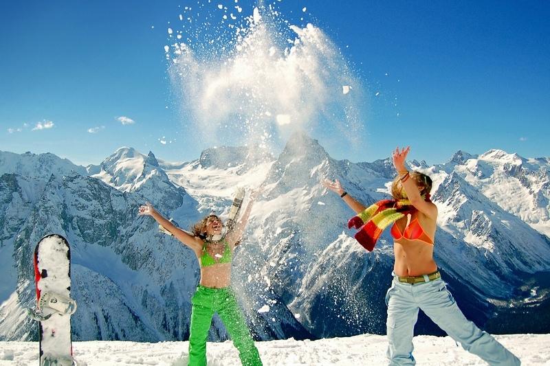 Домбай-знаменитый горнолыжный центр России